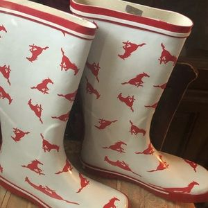 Shoes - Southern Methodist university boots